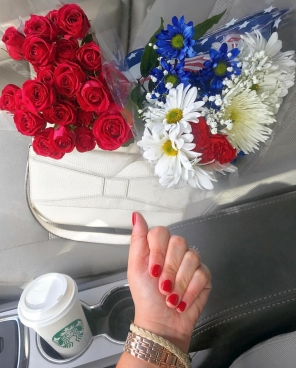 NAIL COLOR: https://www.medgreenbeautysupply.com/products/dipping-powder-big-apple-red